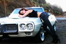 Women & Their Cars / by Leah Frederic