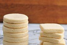 Cookies, biscuits, scones and crackers / Cookies of every kind...