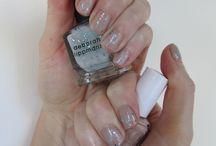 Nails / by Elena Heindl