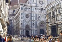 Florence / #Florence - Wonder of #Renaissance - #Italy #Cities - Florence is the richest city of medieval monuments in Italy and in Europe. It's the paradise for lovers of art and culture.