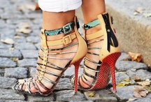 Sapatos / by Aline Machado