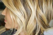 Medium lenght blonde hair