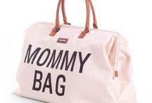 mommy bag big de childhome / Descubre el bolso cambiador de childhome, un bolso cambiador de la mejor calidad, resistente, cómodo, ligero, muy, muy grande, y con cambiador incluido.