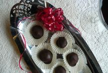 Food - Baking - Truffles / by Mel Holl