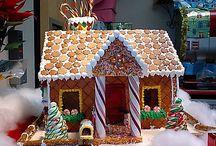 Christmas Gingerbread Houses / ideas for gingerbread houses