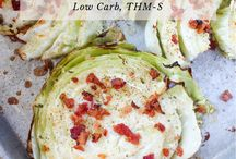 cabbage steaks with ranch dressing and bacon bits