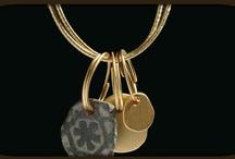 Jewelry / by Yehudit Servi Goren