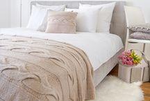 Lilla Sky - Bedding Collection / Czy wiecie, że aż 1/3 życia spędzamy w łóżku zanurzeni w beztroskim śnie. Dlaczego nie śnic, otulonym delikatną dla skóry i miękką w dotyku pościelą? :)