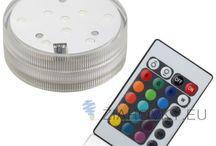 OSTATNÉ LED DOPLNKY / Ostatné LED doplnky, LED postavce, LED svetlá, LED perá, LED sviečky, LED osvetlenia, LED batérie, LED prívesky a kľúčenky ako doplnok k zväzku vašich kľúčov alebo batohu. Svojim výkonom a svietivosťou sa nemôžu rovnať klasickým LED baterkám, avšak na druhú stranu vám budú vždy poruke keď ich budete potrebovať.