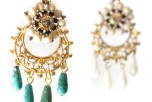jewellery & accessories.