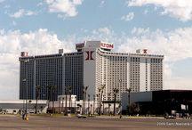 Las Vegas Hilton & Landmark / The Pinterest times of Kirk Kerkorian's International (1969 -  ) and the Landmark Hotel and Casino (1969 - 1995)