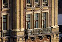 INTERCONTINENTAL AMSTEL AMSTERDAM / Het Amstelhotel, een prachtig pand in hartje Amsterdam.  Een toonaangevend gebouw dat we moeten respecteren en koesteren. Het InterContinental Amstel Amsterdam heeft een grondige restauratie ondergaan. Wij zijn trots dat we als Van der Vegt ons steentje aan deze restauratie hebben mogen bijdragen. Het project maakte onderdeel uit van de viering van het 150-jarig bestaan van het iconische hotel. Tijdens de restauratie wordt de buitenkant in oude staat hersteld.