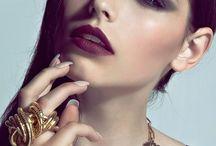 Models & Cara Delevingne
