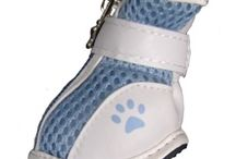 Dog Boots - Summer Kixx by Barko Booties / Breathable, mesh dog shoes are so simple to put on and so easy to wear that they make the perfect footwear for your fashion conscious pooch. These protective dog booties are a must have if you and your dog are headed out for a fun day at play.  These are the perfect summer boot and are so easy to put on.