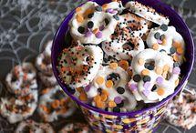 Halloween treats / by Lyndsey Sidor