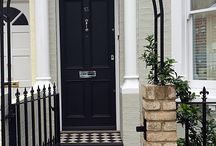 Victorian Front Garden Wall Ideas uk / Find inspiration for your front garden wall in uk. Edwardian Tiles, tile paths, Front Garden Wall Ideas, #Edwardiantiles #frontgardenwall #frontgarden