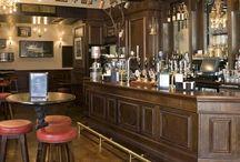 Classic English bar design