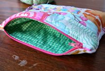 Coin purses and small bags