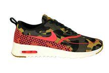 Nike Schuhe Damen / Nike ist nicht nur ein Schuh, es ist eine Kultur. Mit diesen exotischen Nike Sneakers fühlt sich jede Lady wohl...