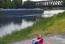 REISEBÜRO / Eine Installation von Billie Erlenkamp zum 100-jährigen Jubiläum des Rhein-Herne-Kanals Eine Kooperation der LUDWIGGALERIE mit dem Projekt KulturKanal (7. 9. bis 7. 12. 2014 im Kabinett)