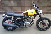 Modifikasi Motor / Kumpulan gambar modifikasi motor, modif motor, informasi lebih lengkap dapat dilihat di http://www.jogjaoto.com