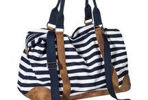 purses and bags / by Jordan Rupp