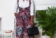 African print in the office / We show you outfit examples to help you maximize office glamour with the beauty of African Ankara print fabric.  We show you how wear African print to the office.