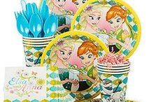Frozen Summer Party Ideas / Frozen melted our hearts and gave us Frozen Fever! Turn your summer bash into a Frozen party with these ideas and supplies!