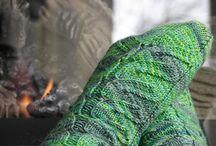 Knitting / by Jesey Gulizia