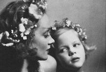 Mamas / Beautiful mother-child portraits