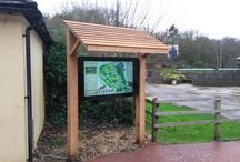 Marwell Zoo / With a wide variety of different zones and visitor attractions Marwell Zoo wanted an interactive way to engage with its visitors. It has a large volume of information it wanted to be able to communicate to visitors daily to enable them to get the best out of their visit. ONELAN's reseller Eclipse Digital installed an outdoor interactive wayfinding solution using a ONELAN Net-Top-Box 660 and ONELAN's CMS 100.