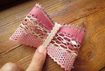 Bobbin Lace Bows