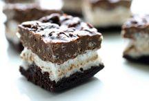 Yummy Desserts / by Hannah Neufeld