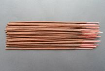 Classic Incense / Our classic Indian incense sticks are soft and powdery, individually hand rolled and scented with only the various organic resins, flower petals and pure oils of the different fragrances. With a noticeable base of vanilla and sandalwood, this is a potent and pure incense.