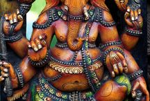 Ganesh Chaturthi (Vināyaka Caturthi) गणेश चतुर्थी wallpapers / Cool Wallpapers provides awesome and unique collection of worldwide holidays wallpapers for android. We have backgrounds for every occasion.  Do you like it? Don't wait and download our application for free now!  https://play.google.com/store/apps/details?id=com.andronicus.coolwallpapers