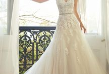 Sophia Tolli dresses / A large variety of Australian wedding dresses designer, that you can purchase through Salon Ma Cherie
