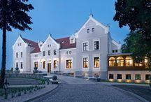 Mortęgi - Pałac / Pałac w miejscowości Mortęgi wzniesiony w XIX w. przez rodzinę Geiger, do której należał do 1945 r. Obecnie - hotel.