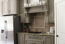 Culinary Dreamlands / Kitchens we love and ways to keep it together