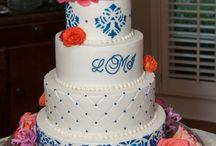 Wedding Cake Ideas! Yummmm  / by Rachael Meskowitz