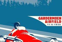 Affiches vintages moyen de communication: course auto, avion, velo