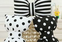 cute bowknot pillow