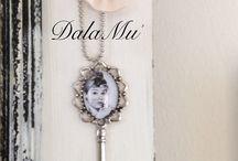 """DalaMu'   """"Made With Care"""" / Qui trovate sempre qualche mia creazione... Se volete contattarmi scrivetemi su fb pagina DalaMu' o sulla mia mail  labottegadilamu@gmail.com"""