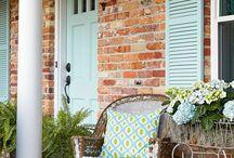 tehlové domy,murovane kuchyne, okenice...inspiracie