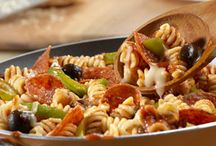 Kid Favorite Recipes / These kid-friendly pasta dishes are sure to please your youngest critics.
