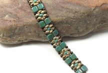 bracciali e collane con perline