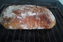 Pečený chleba,rohliky,housky...