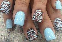 Nailz ♥ / by Sonia .