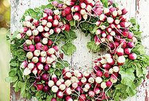 Wreaths / by Cheryl Roventini