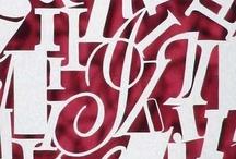 Caligrafía, lettering y tipografía / Letras escritas, dibujadas y organizadas por familias.
