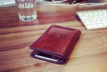 Leather Wallet with iPhone 6 Case / Apple Pay compatible handmade leather wallet with iPhone 6 case. There is plenty of space for your cash, five credit cards and one additional slot, where you can keep your business cards or other identification.